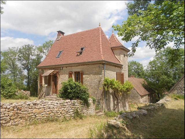 bienvenu immobilier bel ensemble en pierre compose d une maison a restaurer en pierre et de. Black Bedroom Furniture Sets. Home Design Ideas
