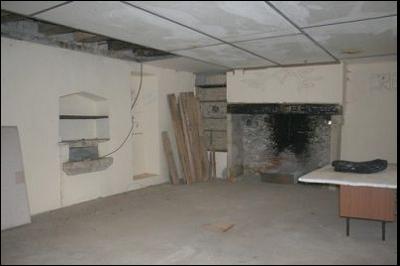 bienvenu immobilier dans un cadre bois maison ancienne en pierre restaurer sur 2 niveaux. Black Bedroom Furniture Sets. Home Design Ideas